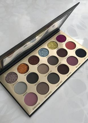 Палитра теней и глиттеров eyeshadow palette
