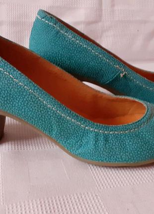 Yokono кожаные туфли шкіряні туфлі р. 41 ст. 27 см кабл. 6, 5 см