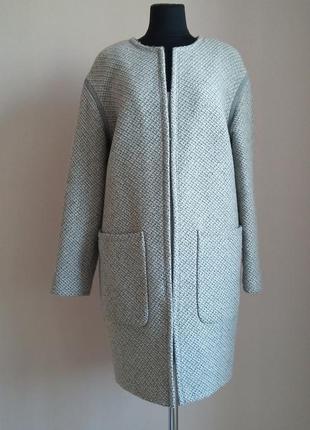 Стильное , шерстяное пальто