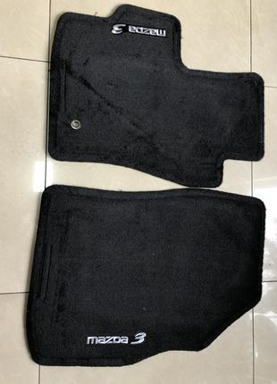 Оригинальные коврики на Mazda 3