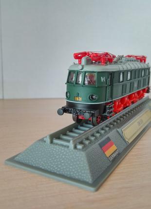 Модель локомотив Del Prado (Испания) DB E18 Масштаб 1:160