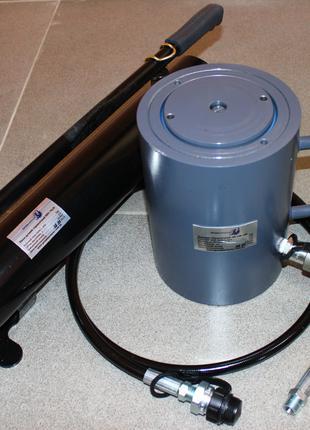 Домкрат гидравлический 100т с пружинным возвратом 150мм