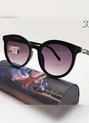 Детские очки черные  солнцезащитные