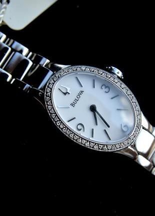 Скидки! женские часы-браслет с 60 бриллиантами bulova