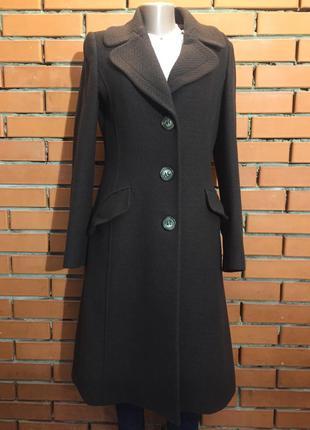 Пальто dolce & gabbana  50 р 100% шерсть.