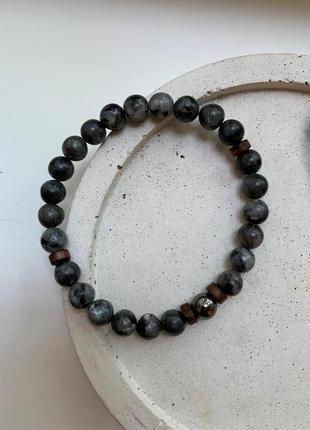 Мужской браслет из натурального камня лабрадорит