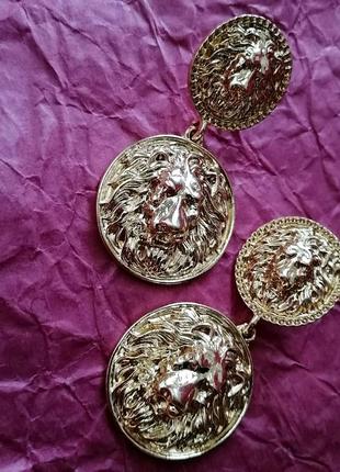 Серьги монеты со львом металлические золотые серёжки гвоздики