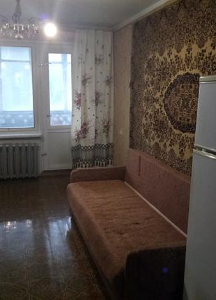 Ищю соседку в 3-х комнатную квартиру на двоих.