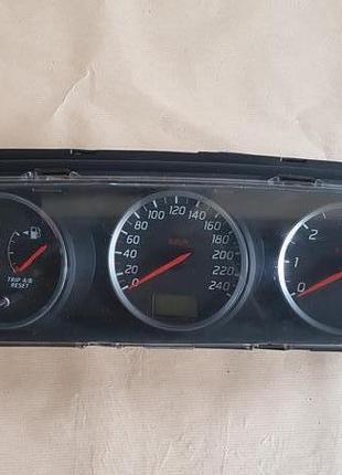 Панель приладів Nissan Primera P12 2003
