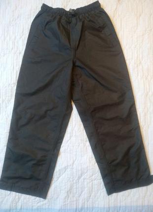 Непромокаемые штаны для мальчика на рост 140 см