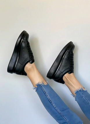 Aleksander McQueen чёрные кроссовки