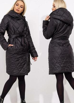 Пальто черное стеганое женское
