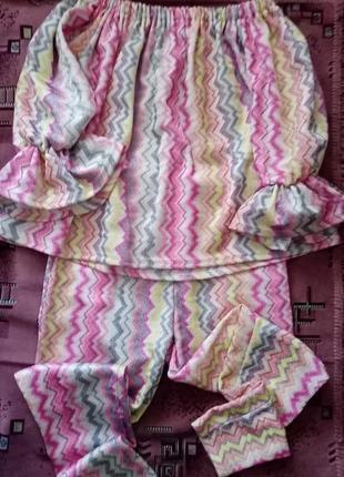 Женский брючный костюм с воланами layers