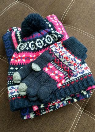 Вязаные шарф, шапка, варежки