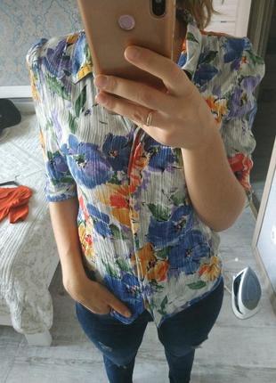Красивая вискозная блуза в цветы акварель
