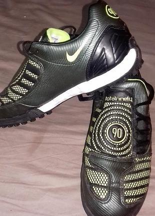 Футбольная обувь, бампы, футзалки,  сороконожки nike, кроссовк...