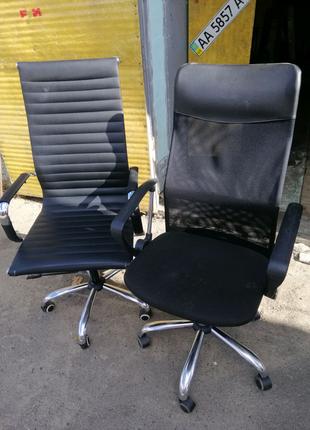 Продам компьютерное офисное кресла