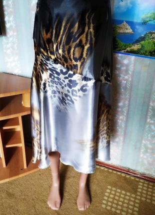 Легкая летняя юбка из атласной ткани