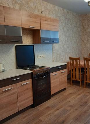 Сдам отличную 1 комнатную м Академгородок Обуховская 137
