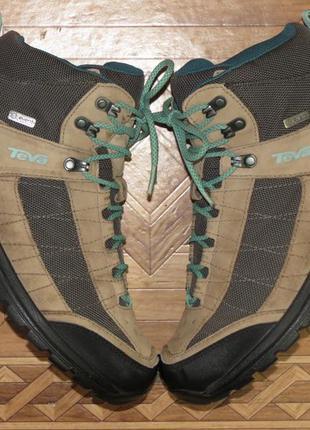 Зимние ботинки кроссовки teva waterproof{оригинал}р.41-42