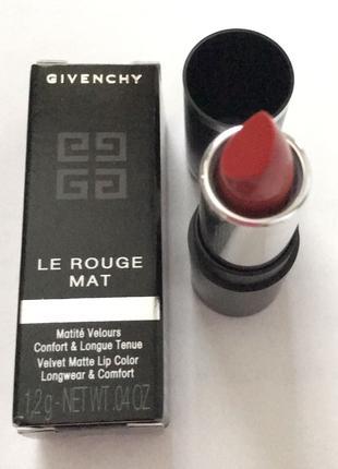 Губная помада матовая Givenchy Le Rouge Mat. Цвет красный. Новая!