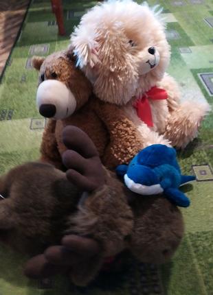 Мягкая игрушка олень, дельфин, медвед
