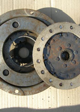 Сцепление на Заз 965 горбатый запорожец. 30 л.с. Корзина и диск.