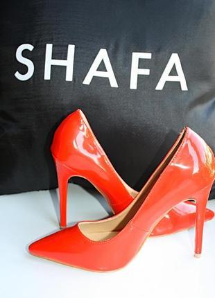 Новые сток красные туфли лодочки на высоком каблуке шпильке em...