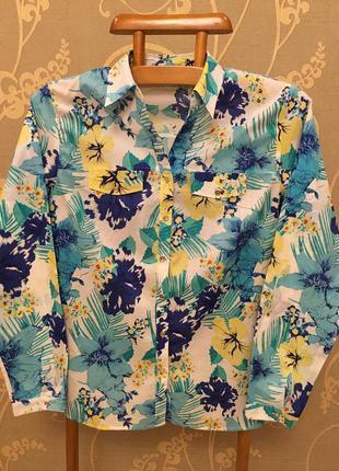 Очень красивая и стильная брендовая рубашка.