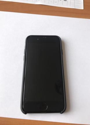 Продам Iphone 7 32 gb Neverlock Touch ID рабочий