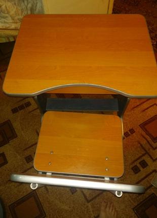 Стол и стул детский