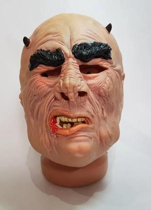 Маскарадный костюм на хэллоуин маска латексная