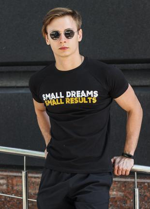 "Футболка чёрная ""Small dreams small results"""