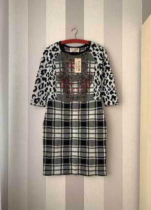 Теплое платье в клетку fem&'em италия, новое!
