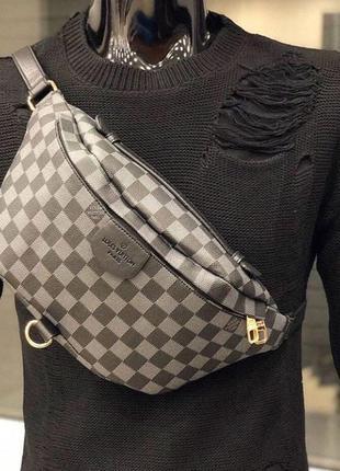 Новая мужская сумка - барсетка с модным логотипом.