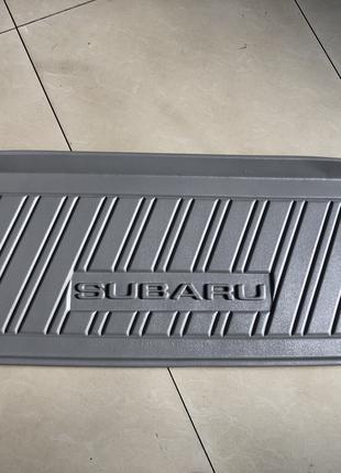 Новый оригинальный коврик в багажник Subaru