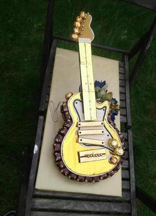 Гитара из конфет. Сладкий подарок музыканту.