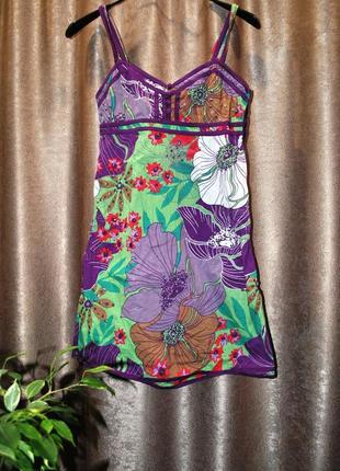 Платье летнее цветное с пайетками фиолетовое зеленое принт цве...