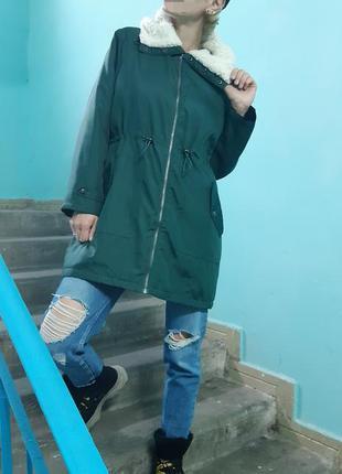 Шикарная куртка парка с капюшоном на меху изумрудного цвета be...