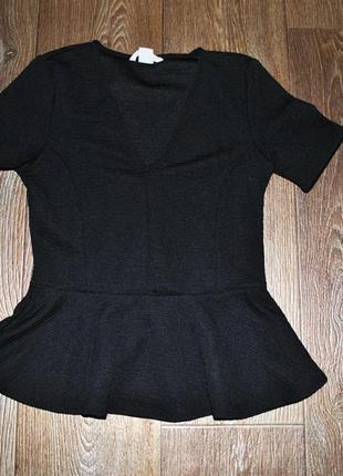Кофта h&m баска футболка черная классика стильная строгая xs