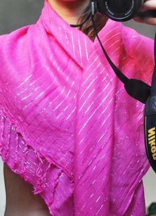 Платок шарф яркий розовый с люрексом патапнтин