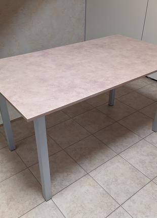 Стол кухонный, обеденный, письменный, офисный