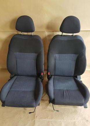 Сидіння комплект Nissan Primera P12 2003