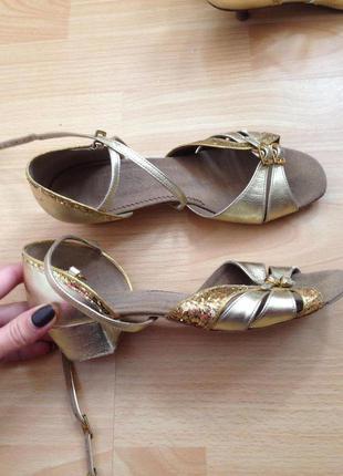Туфли босоножки для танцев