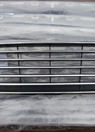 Решётка радиатора Птица Бампер Капот Ford Focus 3 FL Форд Фокус 3
