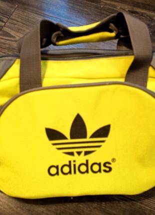Женская спортивная сумка Adidas