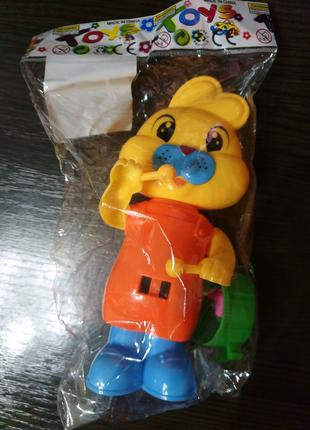 Заводная игрушка - зайка
