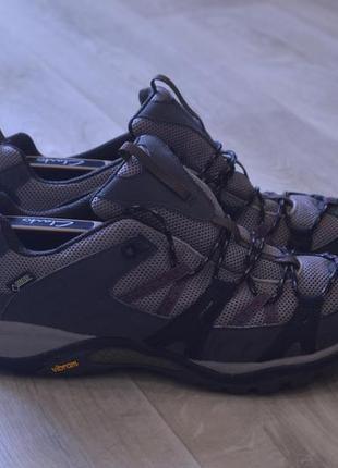 Merrell женские кроссовки осень оригинал на мембране