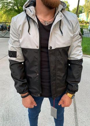 Мужская куртка спортивная. Мужская спортивная ветровка