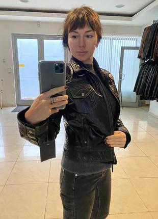 Женская кожаная куртка производства Турции